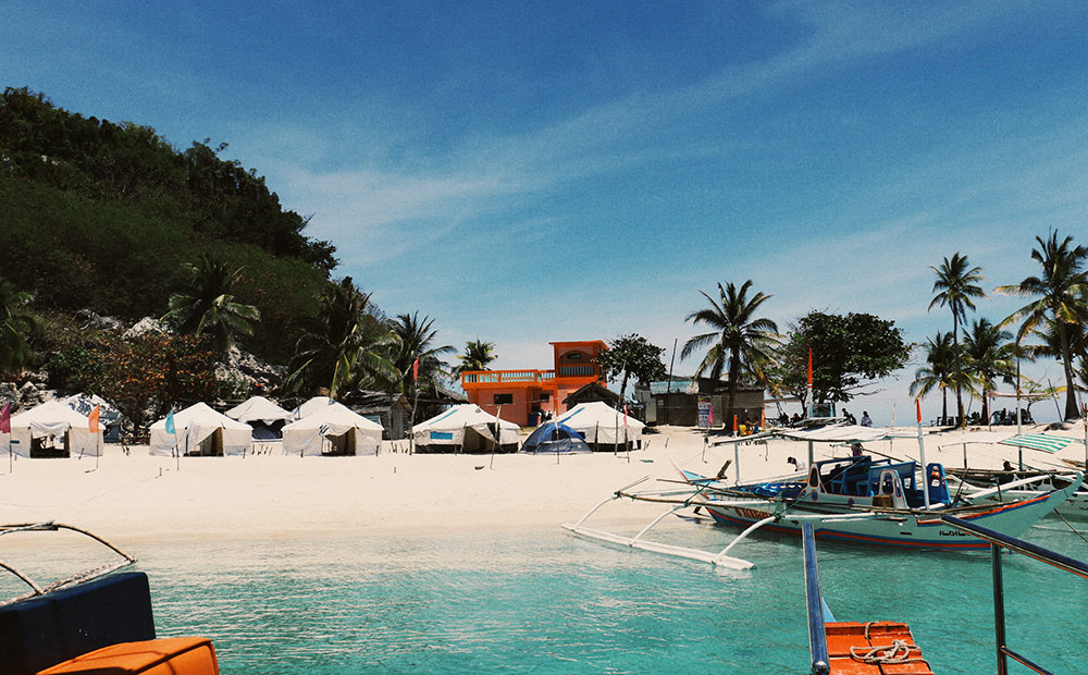 Isla Gigantes Rock tents for rent