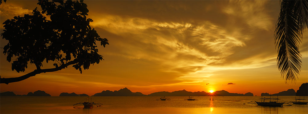 El Nido's flaming sunset
